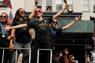 Ladies: Self- Celebrate like the USWNT